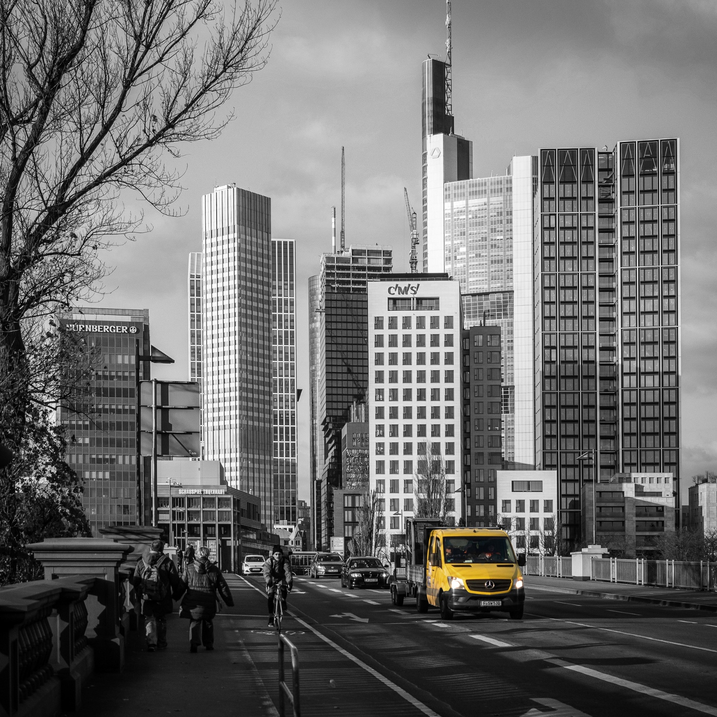 Skyline from Frankfurt Main | © wolfgang röser