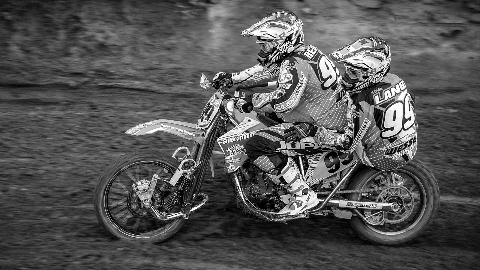 Motocross in Ohlenberg - Gespann 02 | © wolfgang röser | worobo