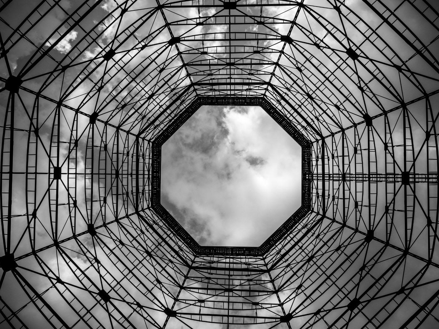 Alter Gasometer | Zeche Zollverein © wolfgang röser | worobo